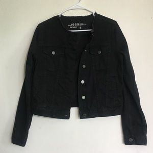 GAP Slightly Cropped Black Denim Jacket